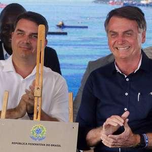 Bolsonaro envolveu Abin e GSI em reunião de defesa de Flávio