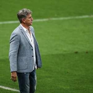 Renato reconhece queda de rendimento e afirma que Grêmio fechou com Diego Churín
