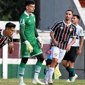Fluminense marca no fim, empata com o Coritiba e segue sem vencer no Brasileiro Sub-23
