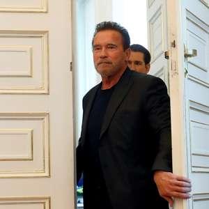 """Arnold Schwarzenegger diz que se sente """"fantástico"""" após ..."""