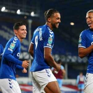 Everton tenta manter liderança diante do Southampton ...
