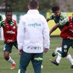 Com três novidades no time titular, Palmeiras treina ...