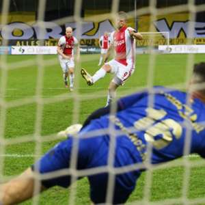 Ajax faz 13 a 0 em maior goleada da história do Holandês