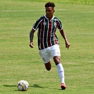Fluminense bate o Vasco e conquista primeira vitória na ...