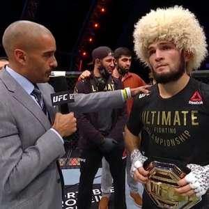 Khabib finaliza Gaethje no UFC 254 e anuncia aposentadoria