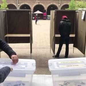 Sob restrições sanitárias, chilenos votam em plebiscito