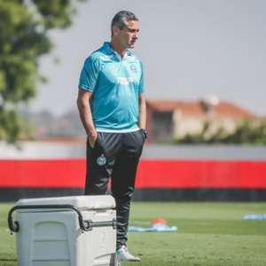 Jorginho é demitido do comando do Coritiba