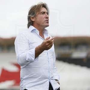 Em entrevista, Ricardo Sá Pinto elogia Talles Magno e cogita mudar sistema de jogo do Vasco