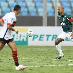 Improvisado, Felipe Melo se destaca em jogo sólido da ...