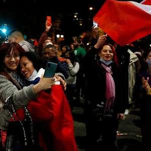 Chile aprova plebiscito histórico: por que é tão polêmica a Constituição que 78% dos chilenos decidiram trocar