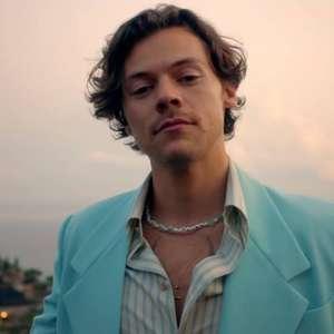 Harry Styles lança clipe de 'Golden', gravado na Itália; ...