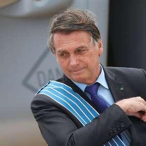 Bolsonaro prefere investir em cura da covid em vez de vacina