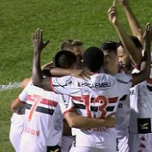 Botafogo-SP conquista bom resultado sobre o Vitória, mas ...