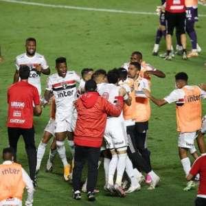 """""""É uma vitória que dá moral"""", diz Volpi após classificação"""
