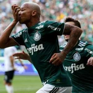 Deyverson brinca nas redes sociais: 'Saudade de fazer gol no Corinthians'
