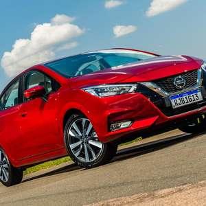 Novo Nissan Versa 1.6 eleva padrão dos sedãs. Veja o vídeo