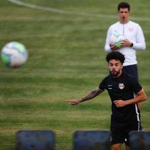 """Claudinho revela """"frio na barriga"""" diante do Palmeiras e ..."""