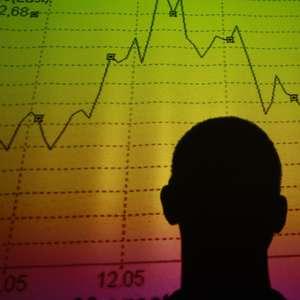 Ações europeias atingem mínima em 1 mês com temores ...