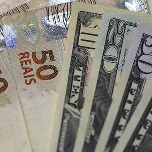 Dólar fecha em máxima desde maio contra real com ...