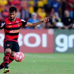Rafael Thyere agradece a confiança de Jair Ventura