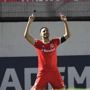 Chegada de Thiago Galhardo ao Inter teve aval importante de Coudet
