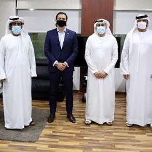 Presidente do Cruzeiro vai aos Emirados Árabes em busca de parcerias para o clube