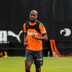Treinando separado, Kondogbia aguarda oferta do Atlético ...