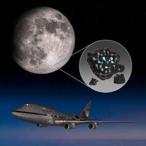 NASA descobre água na superfície da lua