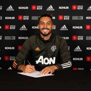 Manchester United confirma covid-19 e Alex Telles vira ...