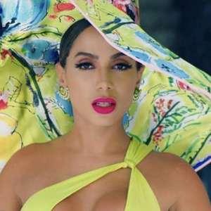 Anitta bate a marca de 5 bilhões de visualizações no YouTube