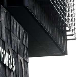 Petrobras tem prejuízo líquido de R$1,5 bi no 3º tri