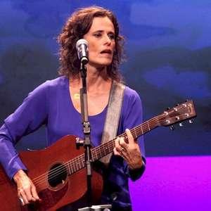 Zélia Duncan é autora de mais de 200 músicas, revela o Ecad