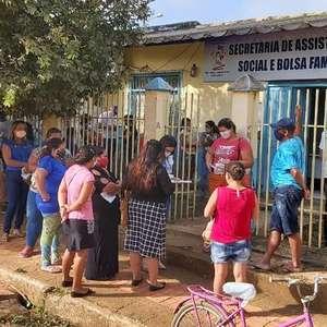 Na mata ou pelo rio, venezuelanos chegam em massa a ...