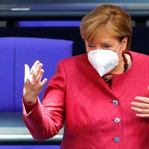 Merkel ataca populistas que dizem que coronavírus é ...