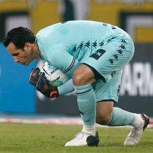 Representante de Gatito Fernandez afirma que goleiro pode deixar o Botafogo: 'Estamos vendo opções'
