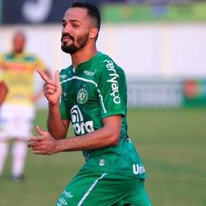 Anselmo Ramon destaca excelente momento da Chape na Série B