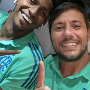 Diego Alves parabeniza Hugo Souza por pênalti defendido ...