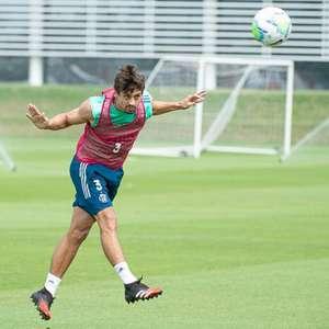 Rodrigo Caio volta a treinar com o grupo; Diego e ...