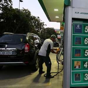 Preço da gasolina nos postos sobe pelo 5º mês em outubro ...