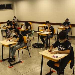 Com alta nos casos, Belém suspende aulas e adota restrições