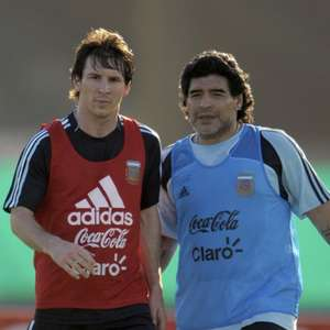 Maradona sobre polêmica entre Messi e Barcelona: 'Ele ...