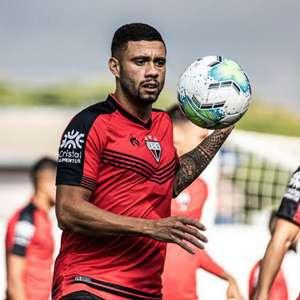 Wellington Rato ganha espaço no Atlético-GO e celebra ...