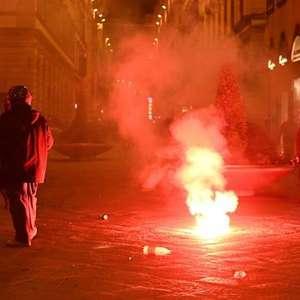 Bolonha e Florença fazem protestos contra medidas anti-Covid