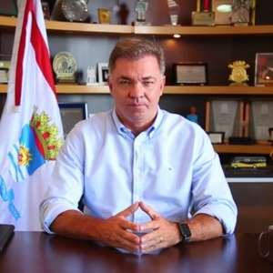 Prefeito de Florianópolis se desculpa por viagem ao Caribe