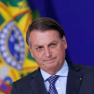 Bolsonaro diz que nunca chamou covid-19 de 'gripezinha'