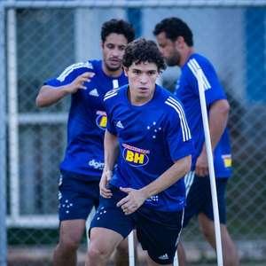 Sem jogar há quase um ano, Dodô terá novo embate jurídico com o Cruzeiro no dia 24 de novembro