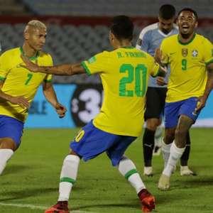 Richarlison dedica seu gol à população do Amapá: 'Espero que resolvam a situação de lá logo'