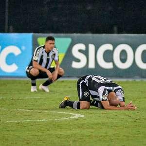 Pane no sistema: Botafogo perdeu oito pontos no Brasileirão por gols levados após 40 minutos do 2º tempo