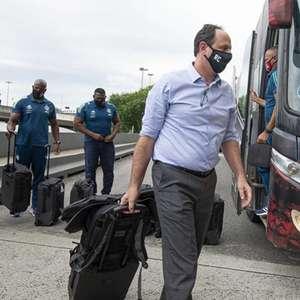 Auxiliar francês de Ceni sobre troca de técnicos no Brasil: 'Não custa muito para um presidente demitir'