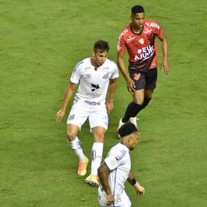 Athletico-PR x Santos: prováveis escalações, desfalques e onde assistir